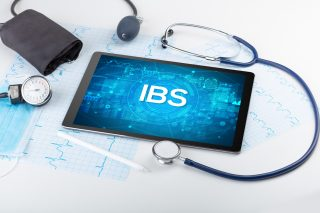 what are the symptoms of IBS